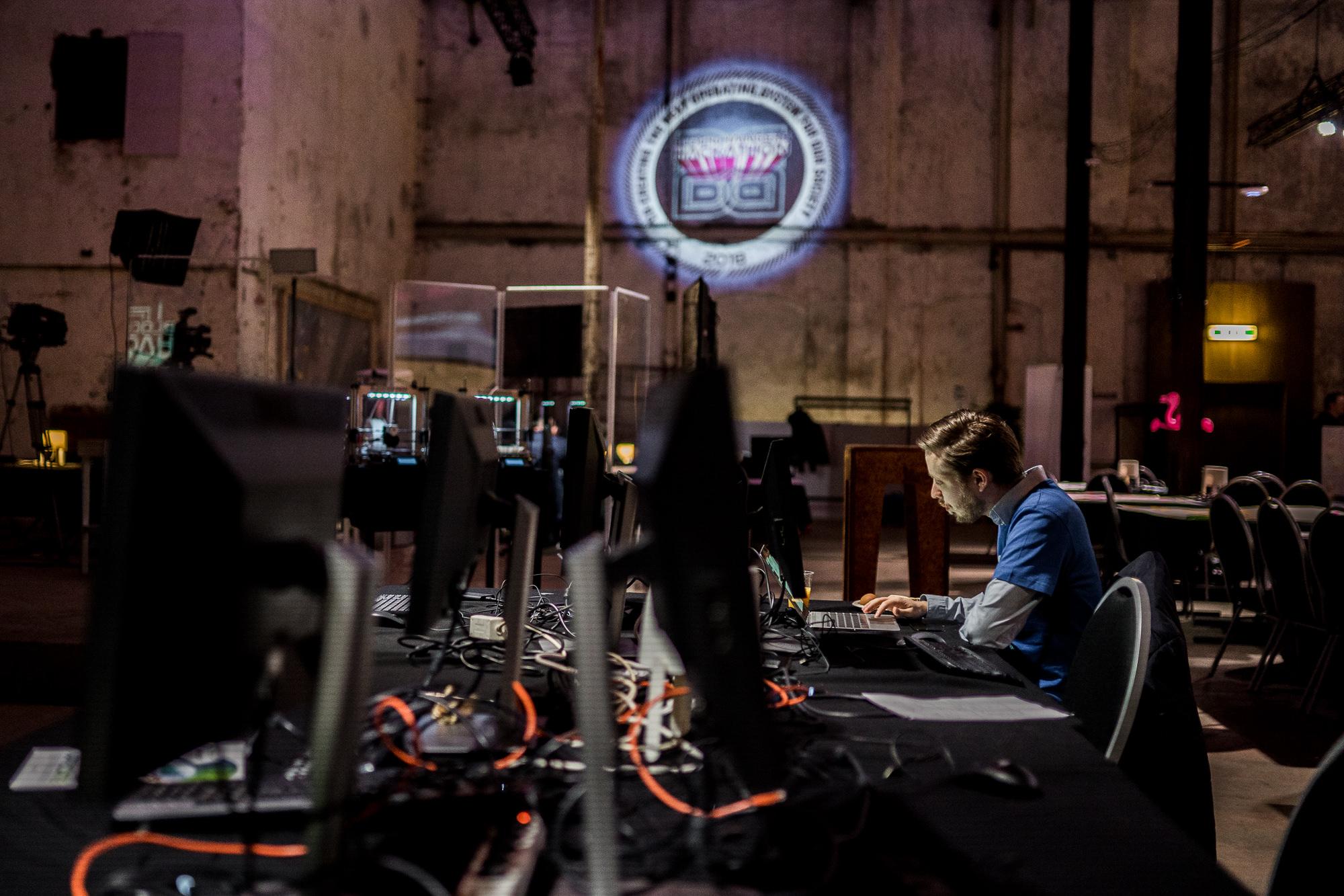 Technologische Ontwikkelingen Koelkasten : Invloed technologie op samenleving: ontwikkelingen nederland & nadelen